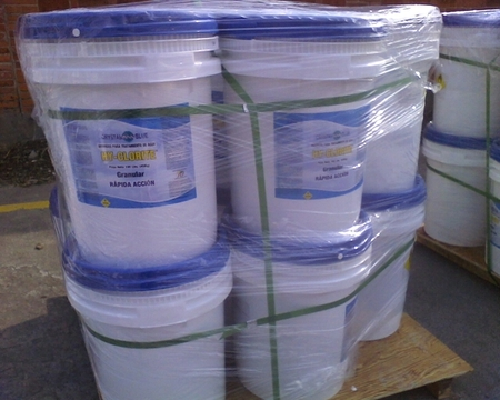Shippment of Calcium Hypochlorite to Honduras, the largest Swimming Pool distributor and pool constructor in Honduras